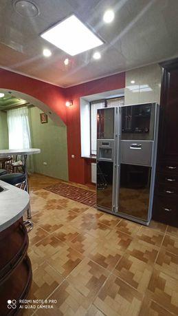 4-кімнатна квартира в ЦЕНТРІ у НОВОБУДОВІ