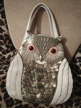 Оригинальная интересная сумочка