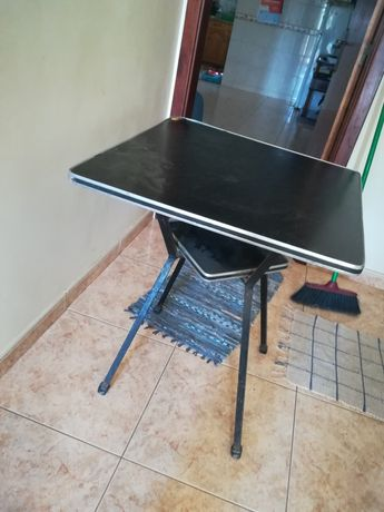 Mesa de escritório, encluido com peça de mesa