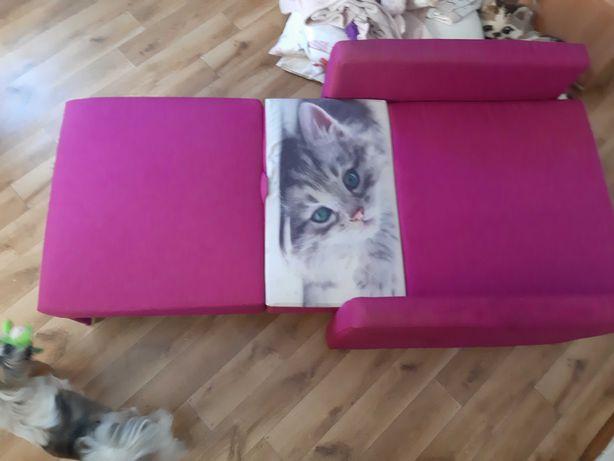 Łóżko różowe z kotkiem dla dziewczynki