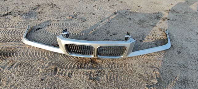 Grill atrapa BMW E36 pas przedni nosek nerki titansilber 354
