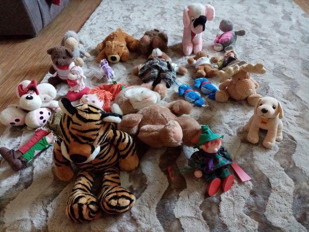 Zestaw zabawek pluszaków
