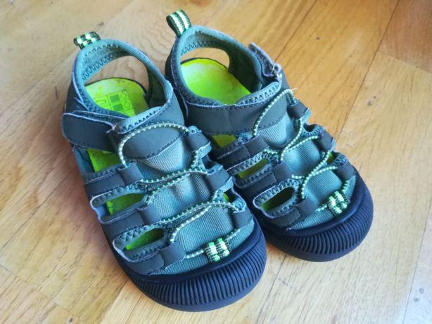 Sandałki H&M z zakrytymi palcami