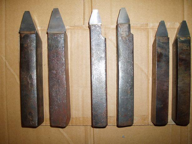 Noże tokarskie DUŻE do kół pasowych 32 x 25 , 25 x 30 , 25 x20