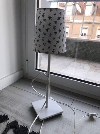 Candeeiro de mesa IKEA