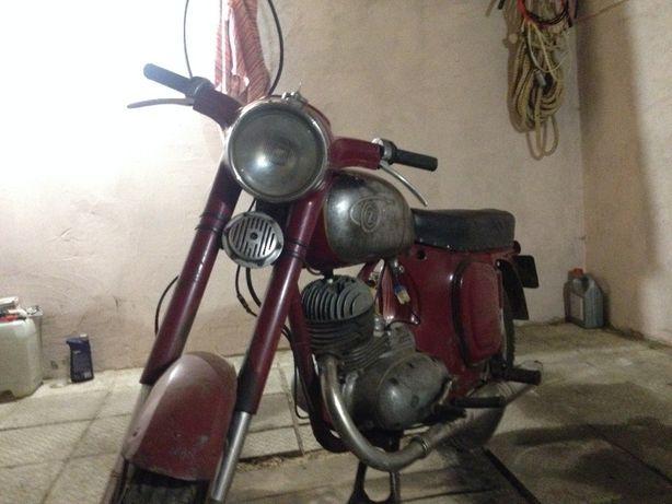Продам мотоцикл Cezet-175 1963 года ОРИГИНАЛ с документами