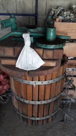 Vendo prensa ( para vinho)