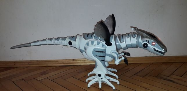 Робораптор робот динозавр