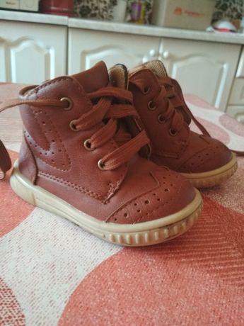 Детские демисезонные ботинки mothercare 20 21 размер