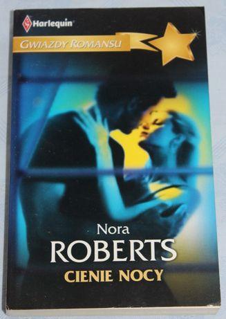 """Nora Roberts """"Cienie nocy"""""""
