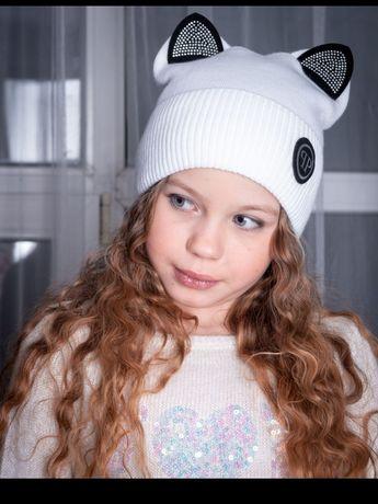 Шапка с ушками на девочку