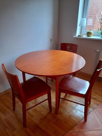 Stół drewniany + 3 krzesła ( meble Radomsko)