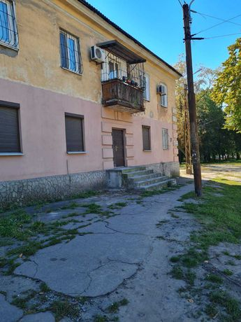 Продам квартиру на Макарова 37