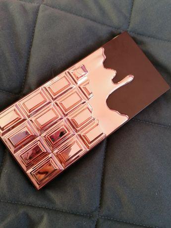 Makeup revolution paleta cieni Chocolate Rose Gold