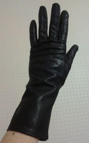 Перчатки женские кожаные демисезонные