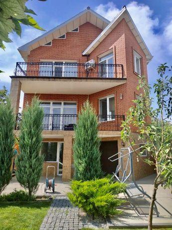 Продается классный дом в Варваровке, первая линия у реки