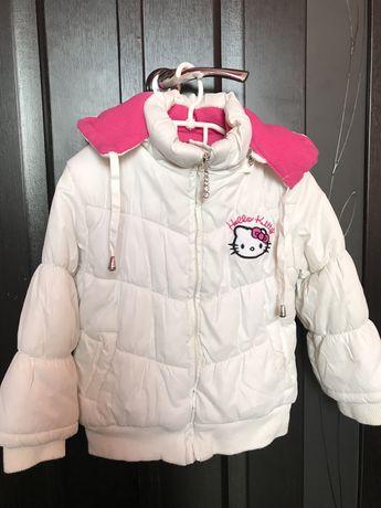 Куртка для дівчинки на 3-4р