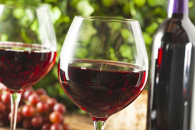 Натуральный виноградный сок.