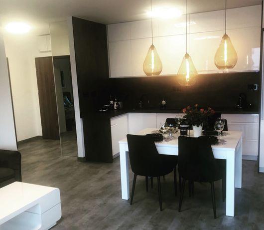Apartament dla 4 osob/osiedle robotnicze-blisko centrum/ Jelenia Góra