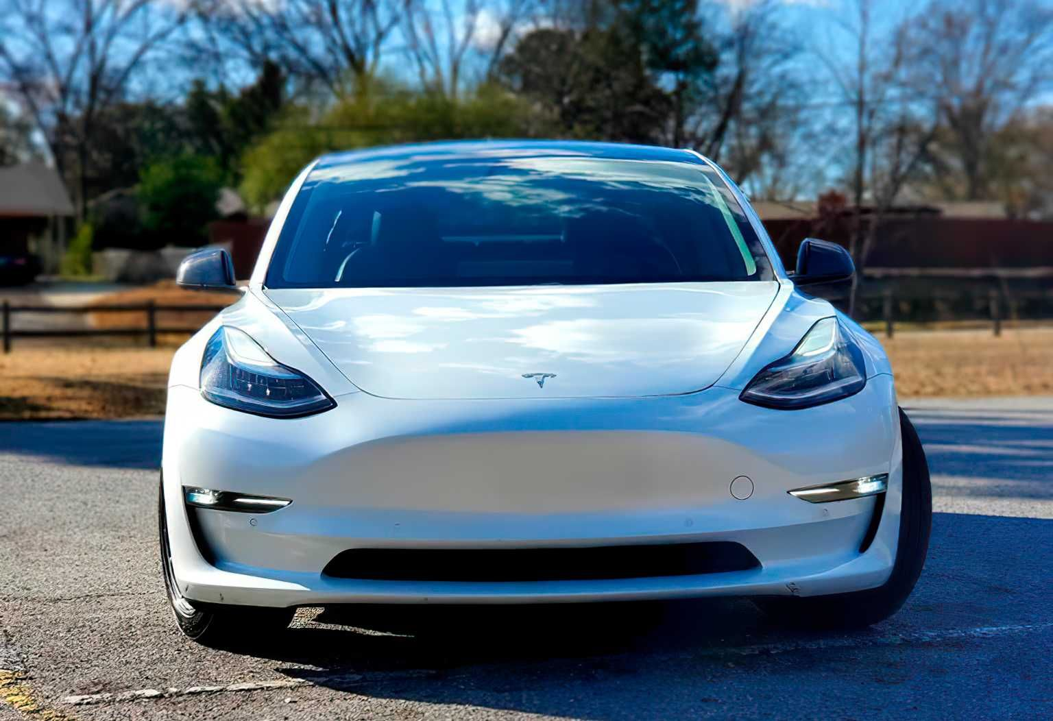 Tesla Model 3 2019 Long Range