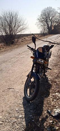 СРОЧНО Продам мотоцикл Viper zs 125j