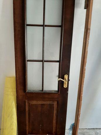 Продам дверь межкомнатную бу