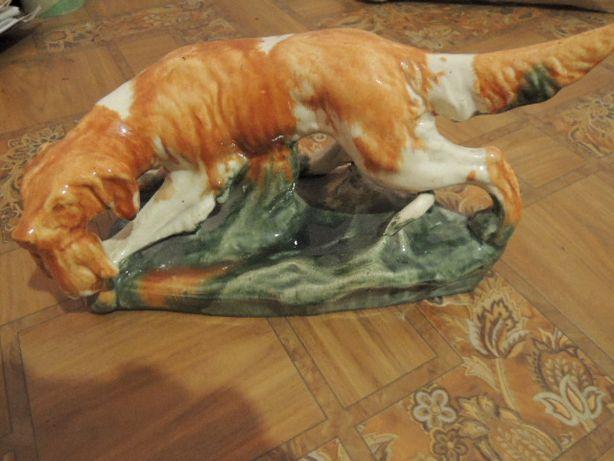 фарфоровая статуэтка-собака с дичью