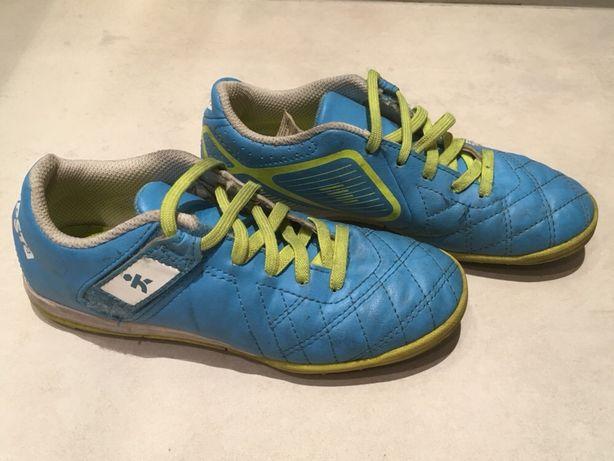 Buty piłkarskie halowe kipsta 33