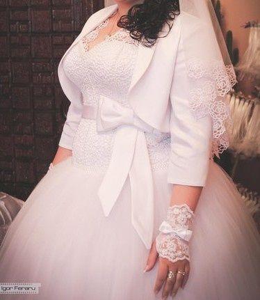 Весільна сукня) продам стан нової.