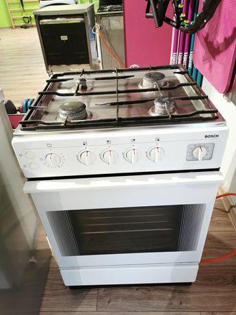 Kuchnia gazowo-elektryczna Bosh  Biała