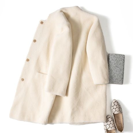 Легкая и теплая шубка, пальто натуральный мех овчины 100%