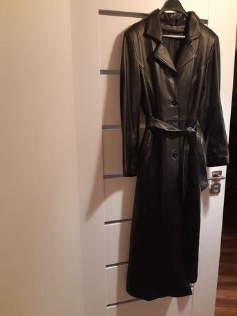 Skórzany płaszcz rozm M