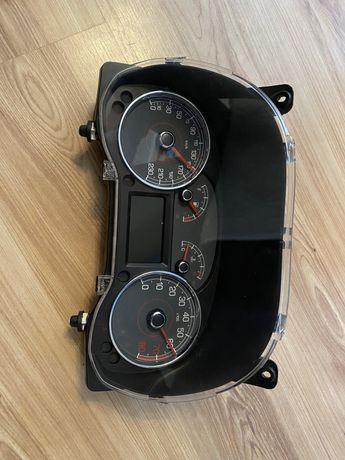 Zestaw wskaźnikow Fiat Grande Punto