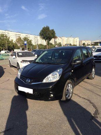 Продам Nissan Note 2010года.