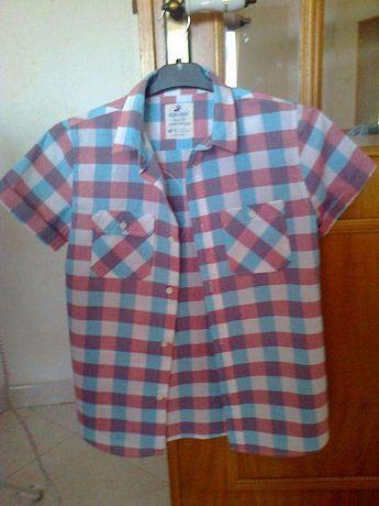 Camisa aos quadrados em rosa e azul de manga curta