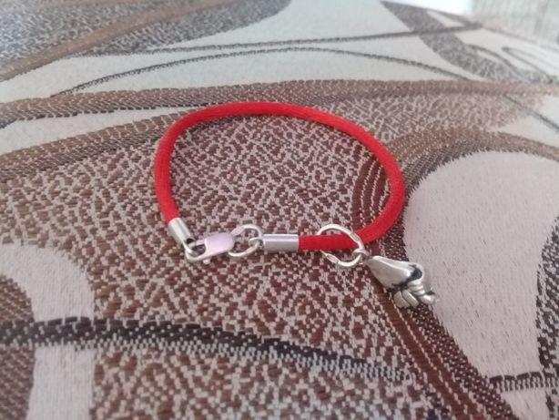Красная Нитка с серебряной защелкой и дуля 925проба!