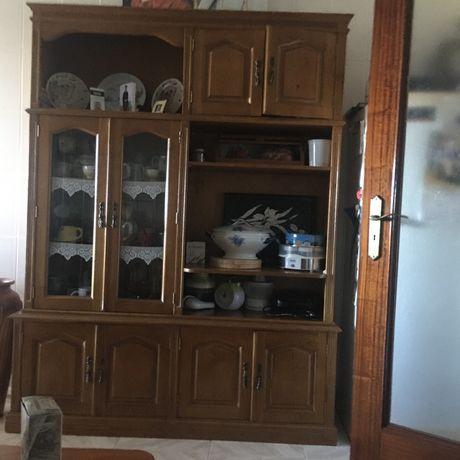 Movel de cozinha em bom estado