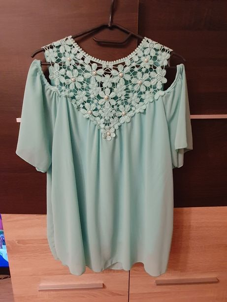 Luźna zwiewna bluzka M/L miętowa