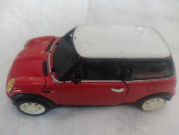 Carro mini Cooper vermelho miniatura