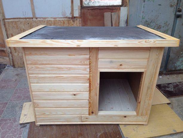 Утепленная будка для собаки из натурального дерева