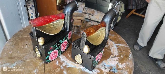 Ferros decorativos antigos pintados à mão