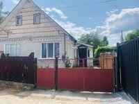 Продам пол дома с отдельным двором 3,5 сотки приват земли