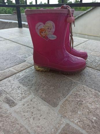 Продам взуття для дівчинки