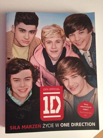 """Książka """"One Direction - historia zespołu"""""""