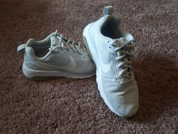 Nike Air 38