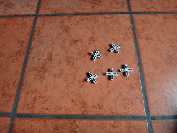 50 cruzetas para juntas 10 mm + 1 Bate Linhas ( ver descritivo )