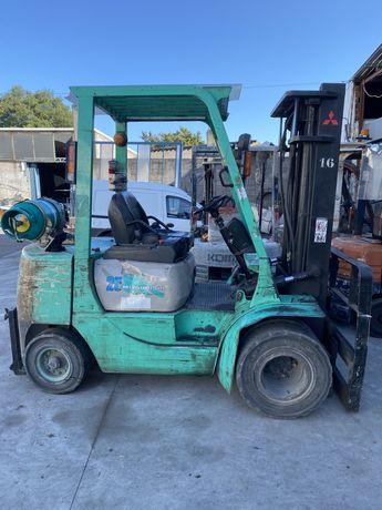 Empilhador mitsubichi gas 2500 kgrs rodado duplo