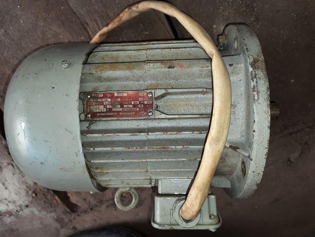 Электро двигатель 3 кВт Электродвигатель