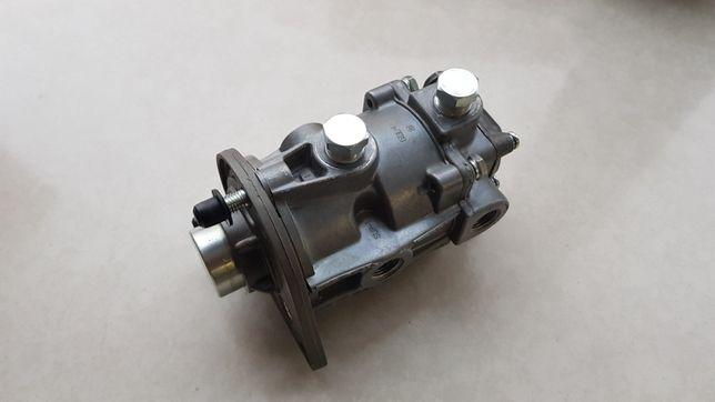 Zawór hamulowy JCB Fastrac 1700,- netto części