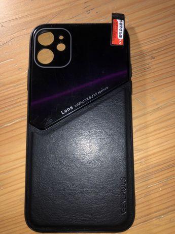 Продам чехол чёрный на iPhone 11